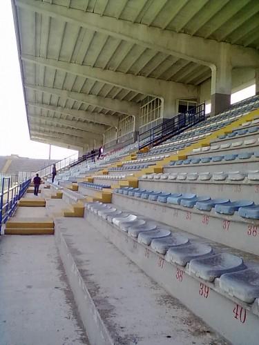 TRIBUNA STADIO BRINDISI.jpg